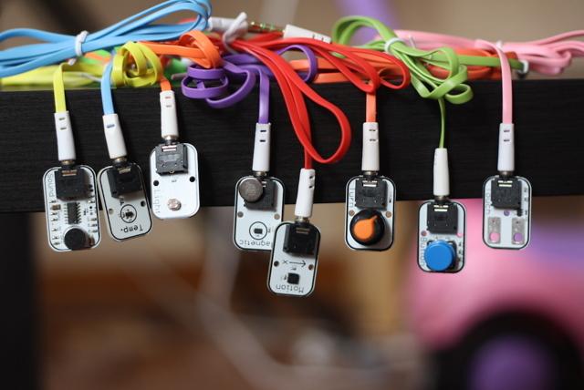 Электронные игрушки для детей: как выбрать, безопасность