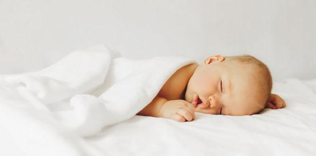 Как приучить ребенка засыпать самостоятельно - pro-detey.com
