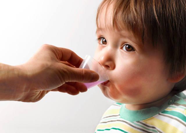 Сухой кашель у ребенка - чем лечить детей при кашле