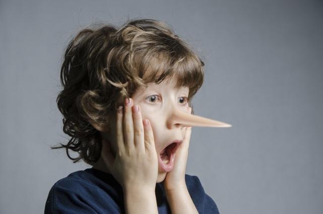 Кое - что о детской лжи: как и почему ребёнок врет родителям
