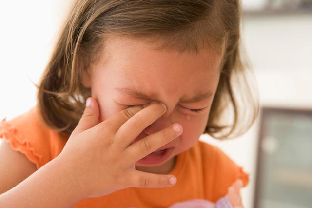 Детский стресс: как помочь малышу справиться с ним