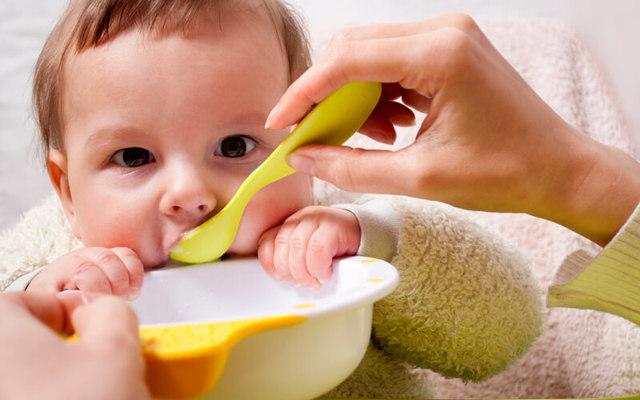 Какие секреты питания малыша возрастом до одного года