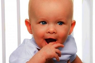 Молочница во рту у ребенка: симптоматика и лечение