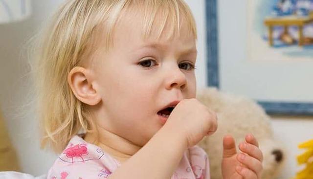 Сухая микстура от кашля для детей: состав, дозировка