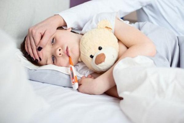 Температура при ОРВИ у детей: что делать, cколько держится