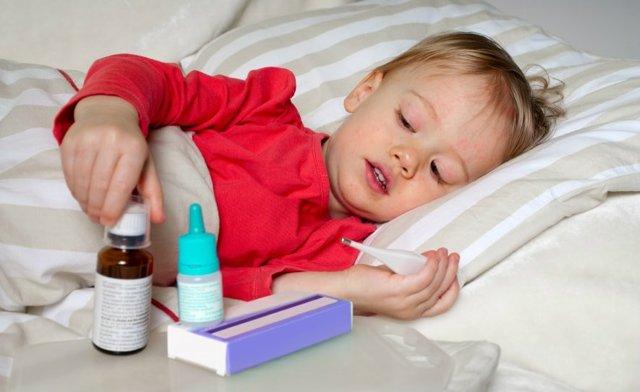 Корь у детей - симптомы и лечение, признаки появления у ребенка