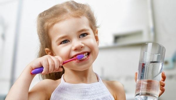 Стоматит у детей: как лечить дома, профилактика, рецепты